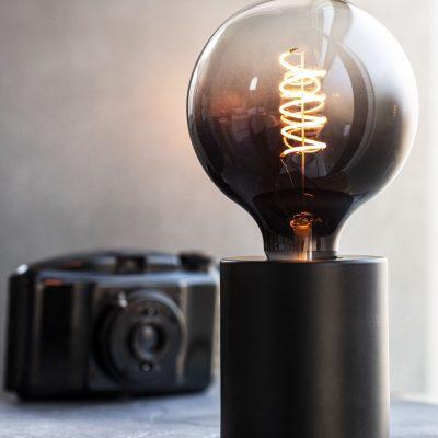 zwarte lamphouder
