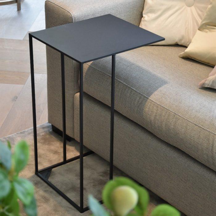 minimalistic bijzettafel sfeer afbeelding design