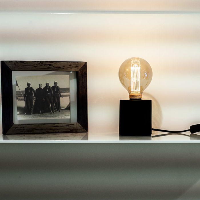 lamp zwart metaal sfeer 1
